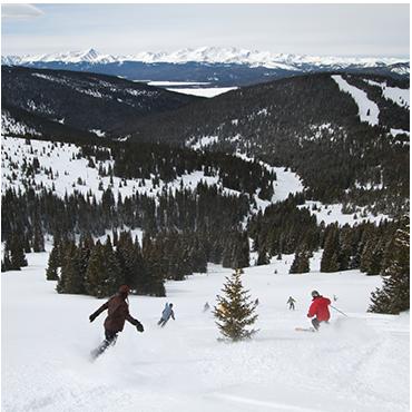 People skiing on Chicago Ridge